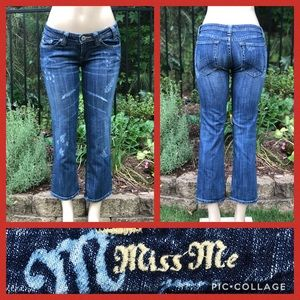 Miss Me Distressed Cropped Jeans Size 28